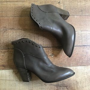 B Makowsky Gray Studded Leather Quincy Ankle Boots